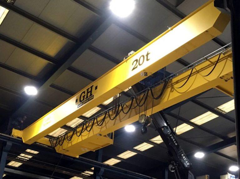 Aumentamos notablemente nuestra capacidad de elevación con un puente grúa de 20TM