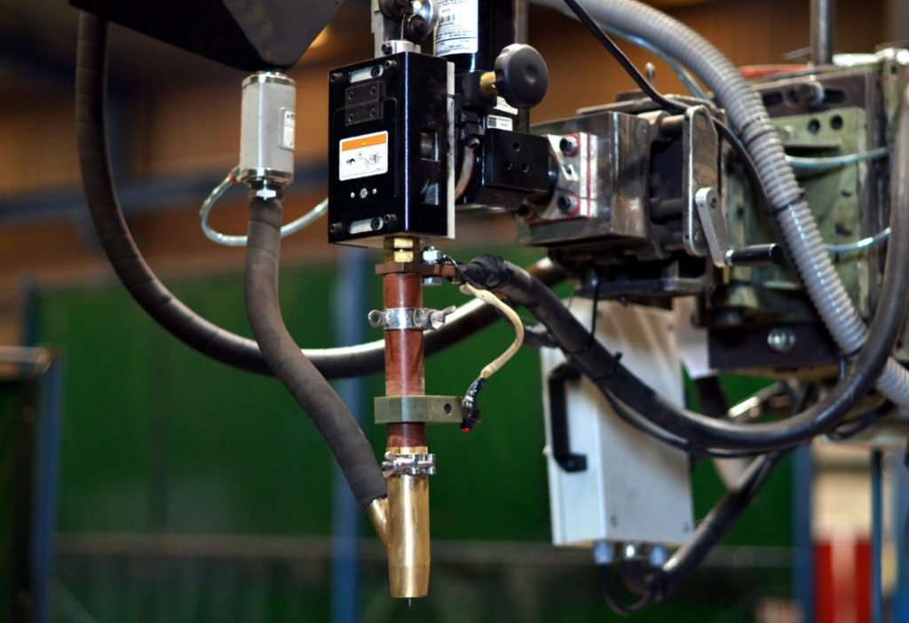 Foto de la nueva máquina de arco sumergido Miller